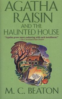 M. C. Beaton: Agatha Raisin and the Haunted House